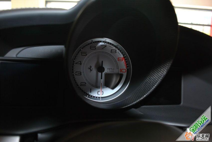 法拉利458 白色 金湖论坛高清图片